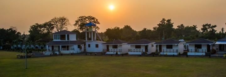 umred Karhandla hotels and resorts