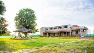 hotels and resorts at panna national park